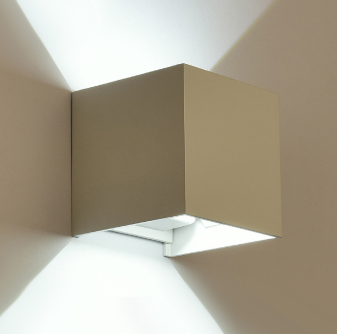 LED Cubic Wall Light